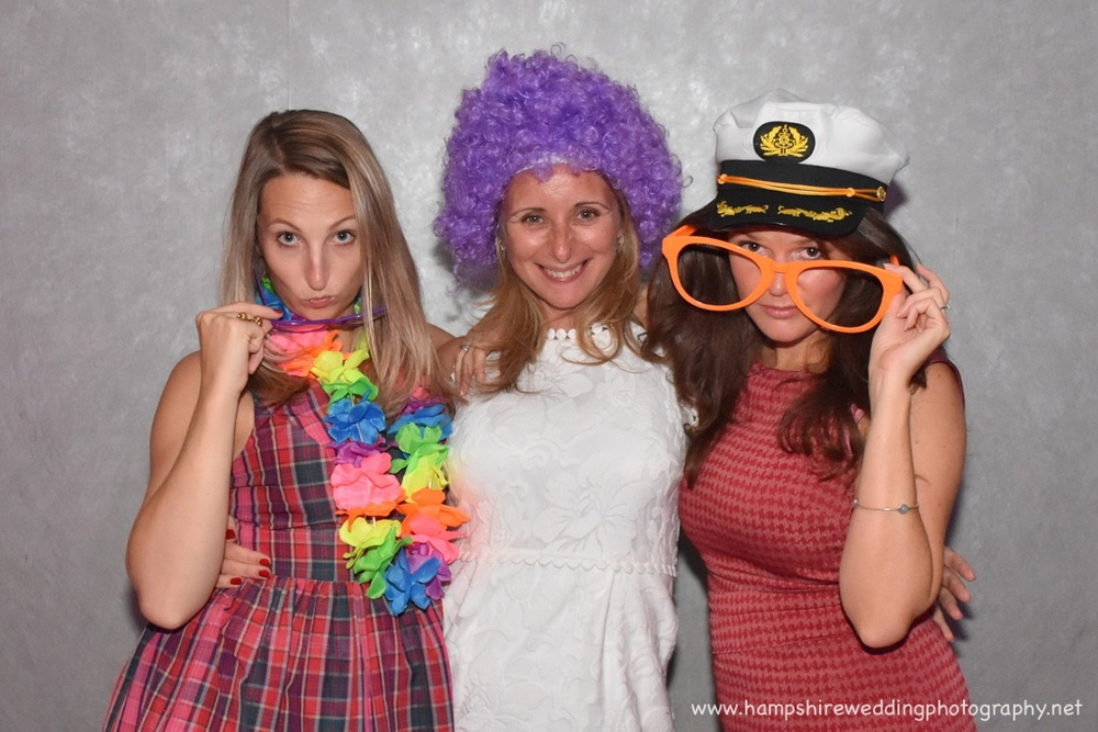 Hampshire Wedding Photobooth-18.jpg