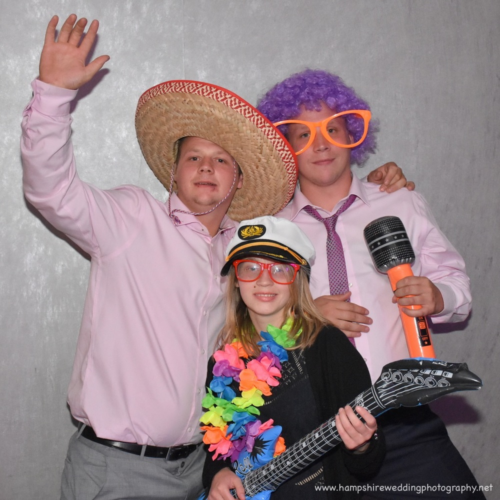 Hampshire Wedding Photobooth-16.jpg