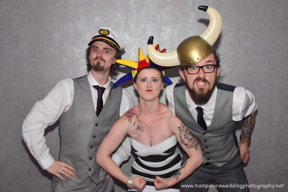 Hampshire Wedding Photography - wedding photographer hampshire 024