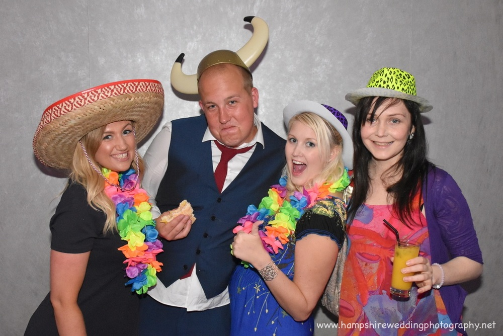 Hampshire Wedding Photobooth-28.jpg