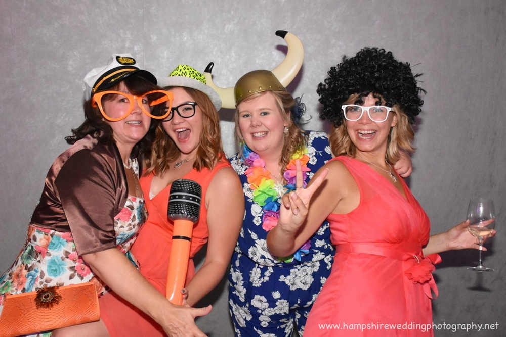 Hampshire Wedding Photobooth-31.jpg