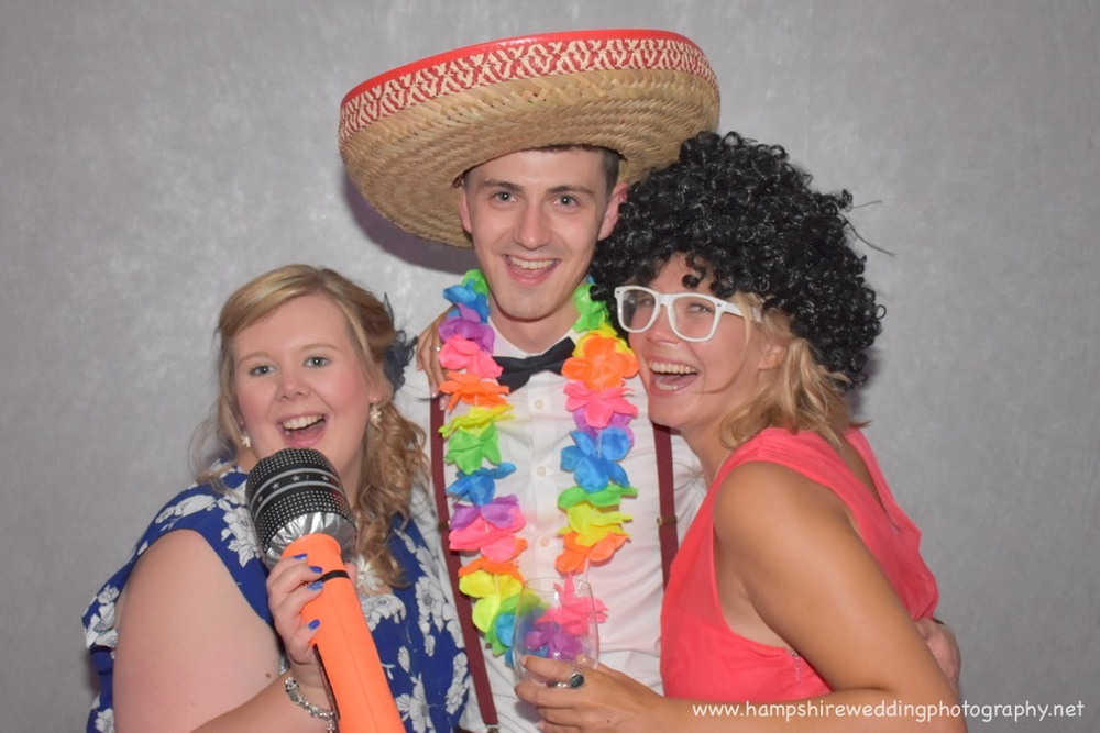 Hampshire Wedding Photobooth-33.jpg