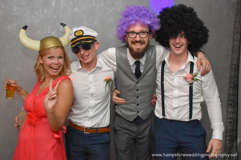 Hampshire Wedding Photobooth-45.jpg