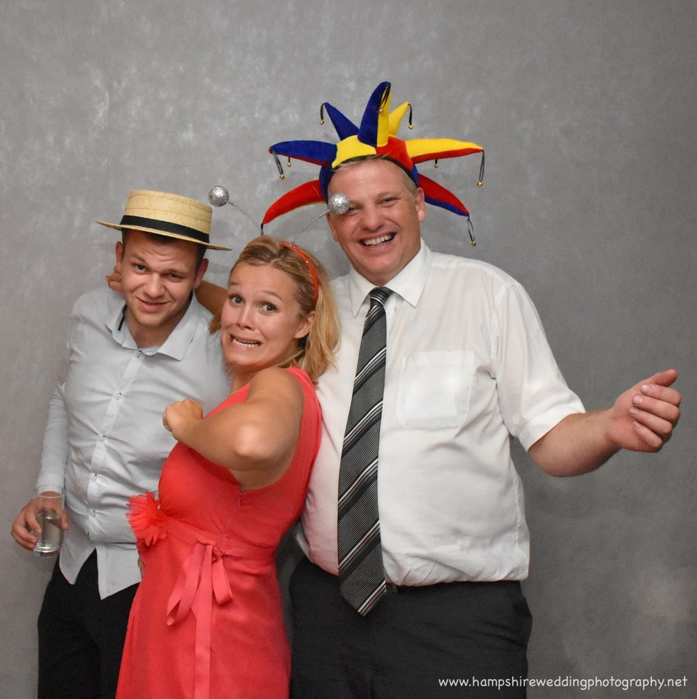 Hampshire Wedding Photobooth-47.jpg