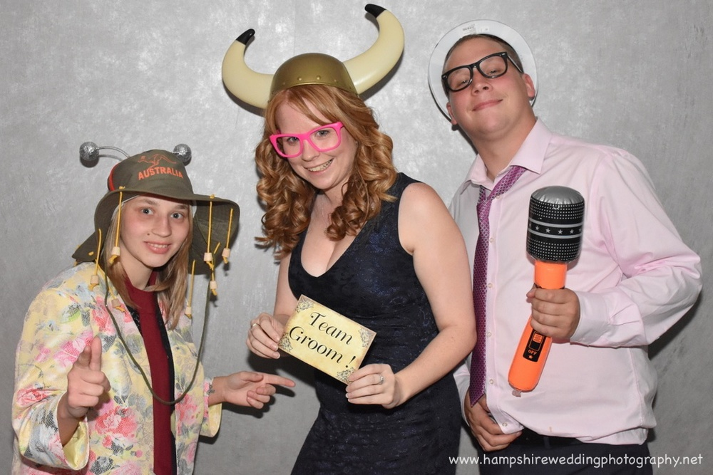 Hampshire Wedding Photobooth-54.jpg