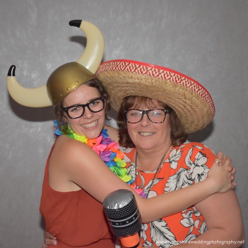 Hampshire Wedding Photobooth-58.jpg