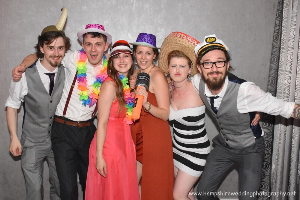 Hampshire Wedding Photobooth-62.jpg
