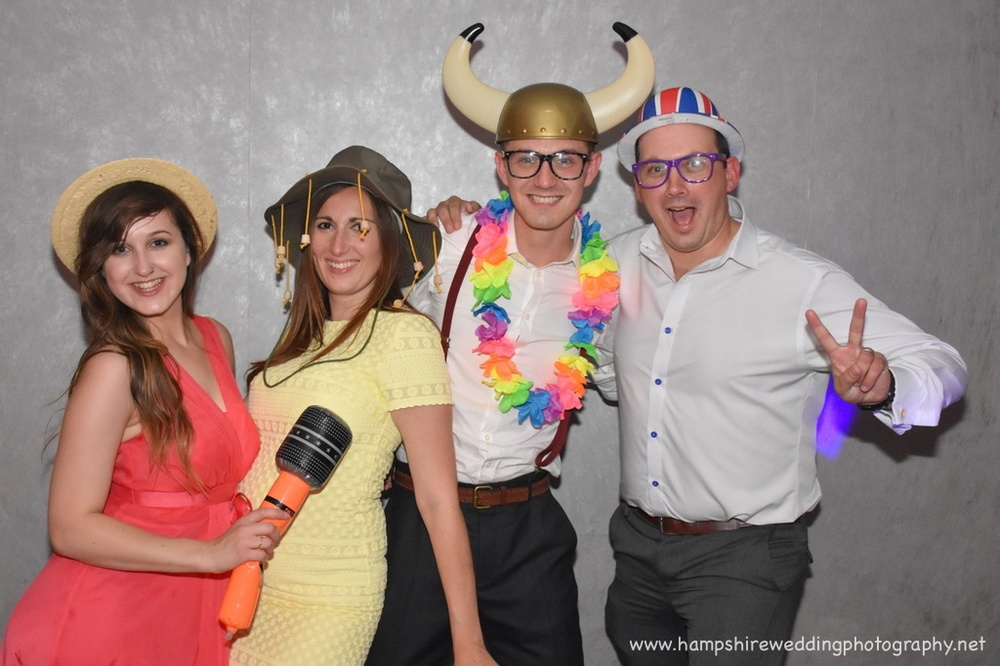 Hampshire Wedding Photobooth-64.jpg