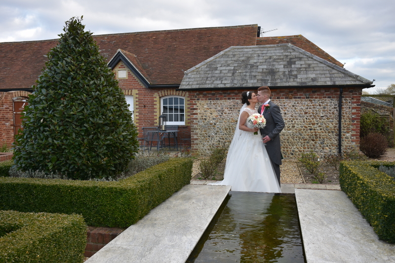 Southend Barns Wedding Images-165.JPG
