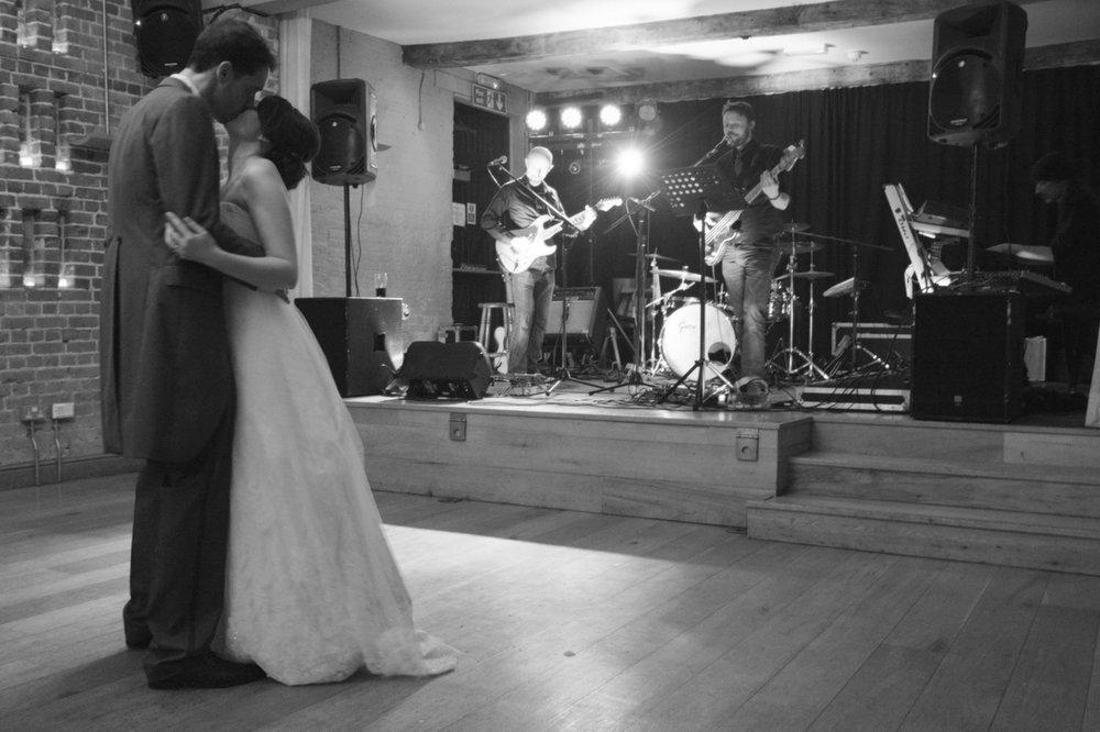 Hampshire wedding photographer-034.JPG
