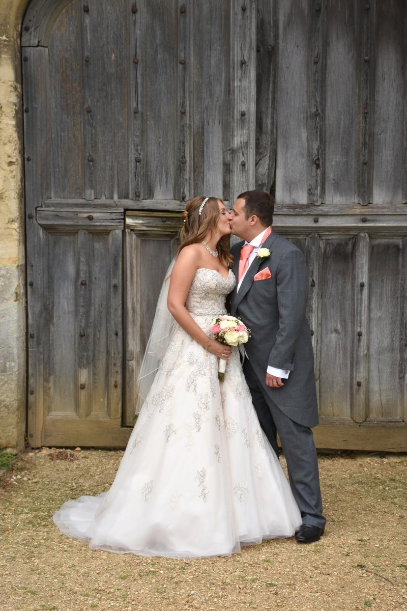 Hampshire wedding photographer-109.JPG