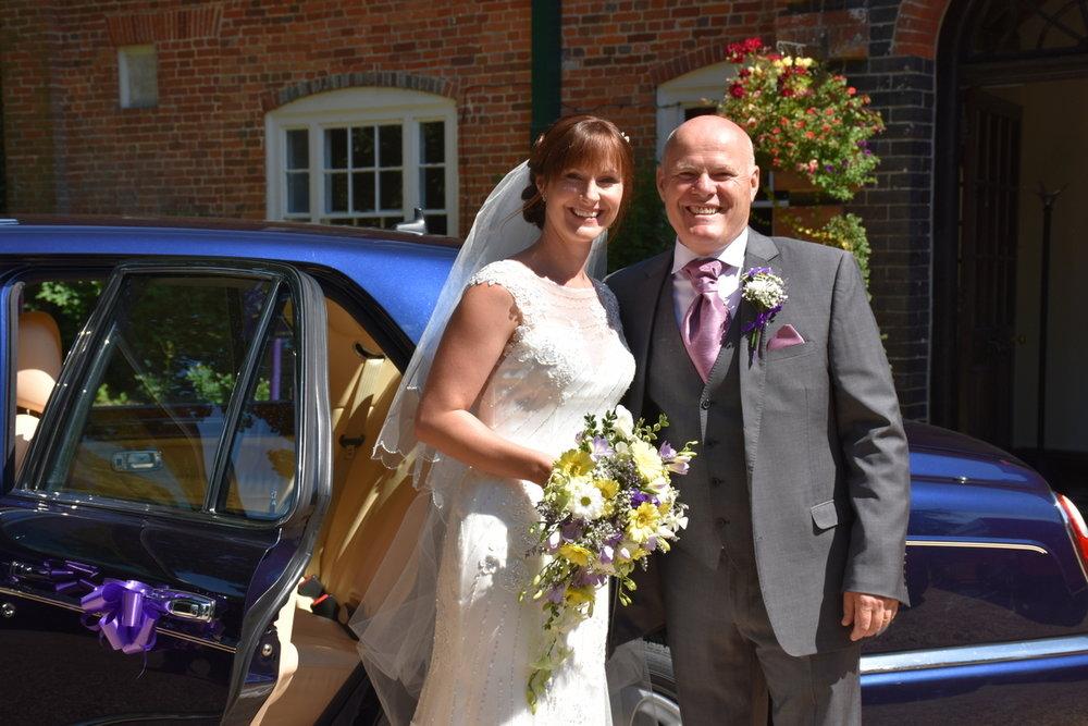 Hampshire Wedding Photographer-043.JPG