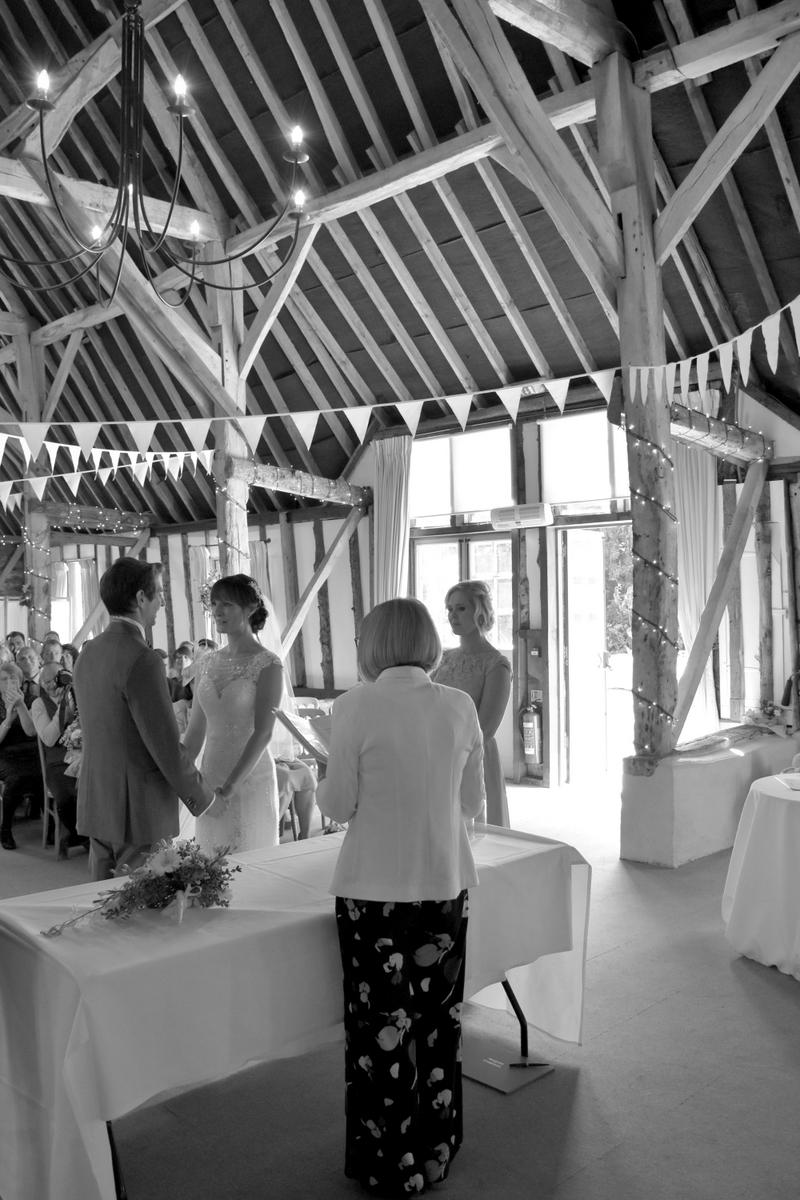 Hampshire Wedding Photographer-070.JPG