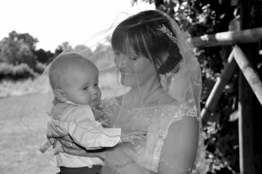 Hampshire Wedding Photographer-145.JPG