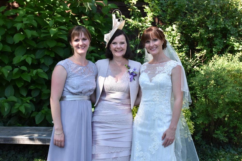 Hampshire Wedding Photographer-162.JPG