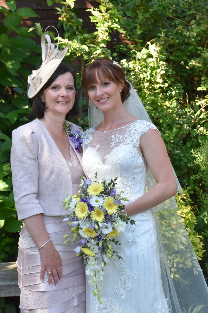 Hampshire Wedding Photographer-165.JPG
