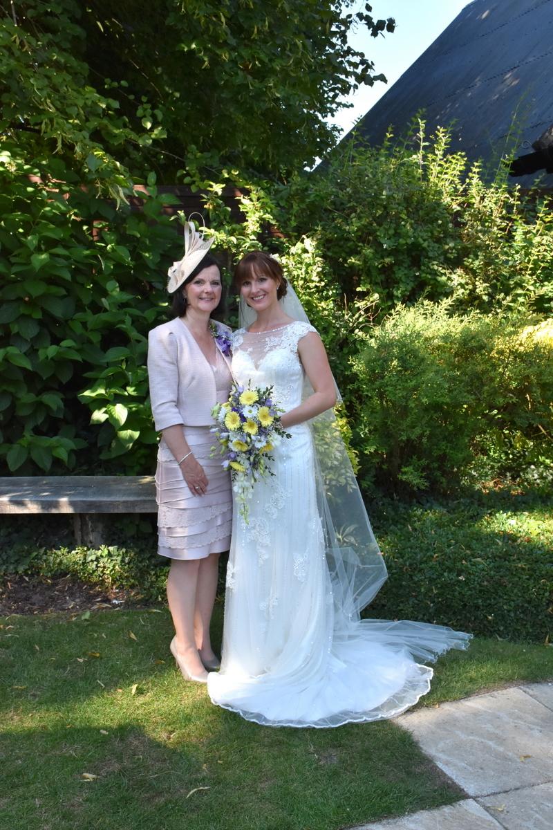 Hampshire Wedding Photographer-164.JPG