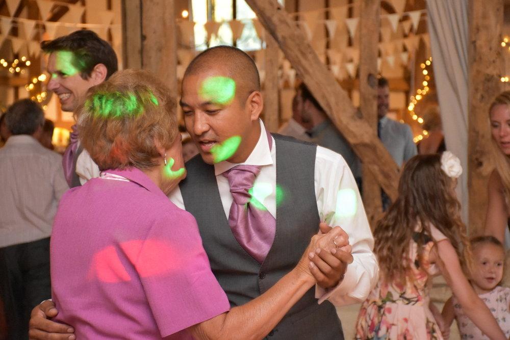 Hampshire Wedding Photographer-277.JPG