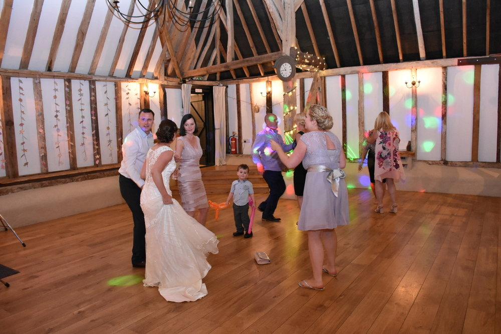 Hampshire Wedding Photographer-292.JPG