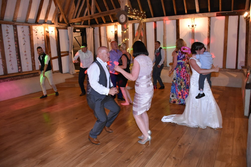 Hampshire Wedding Photographer-295.JPG