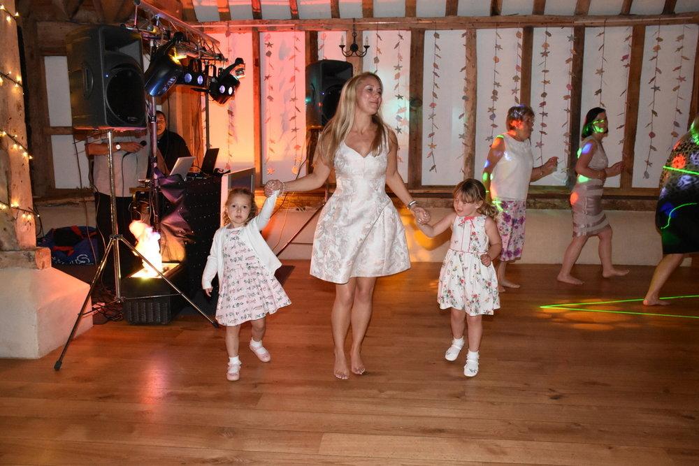 Hampshire Wedding Photographer-304.JPG