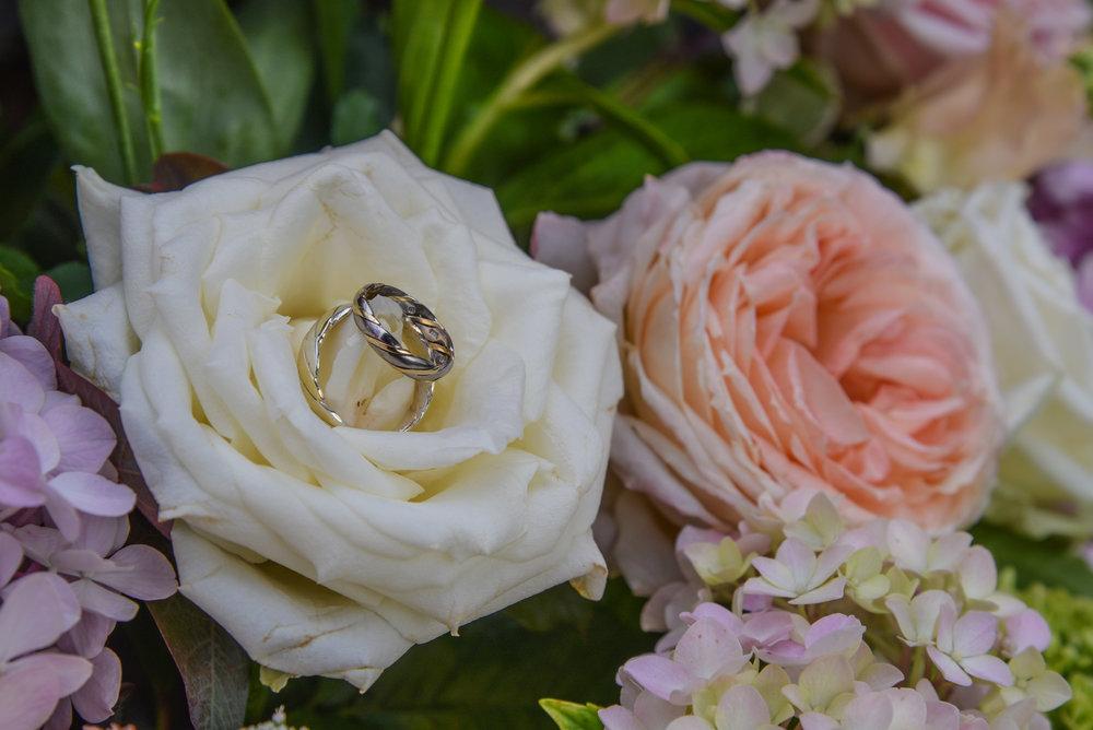 Ledbury Yurt Wedding-110.jpg