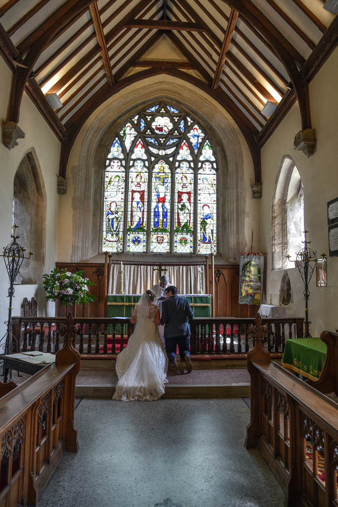 Hurstbourne Tarrant Overnight Wedding-7.jpg
