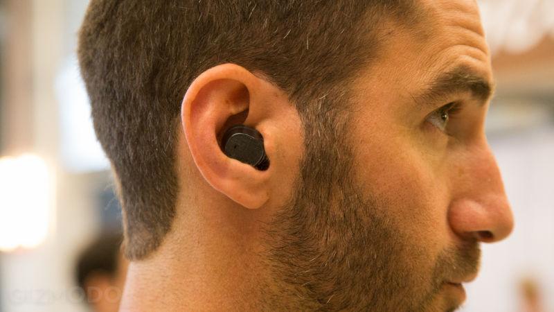 3c7ef144058 6 Bluetooth Lifehacks + Top 10 Gift-Worthy Headphones — Ashley Chloe ...
