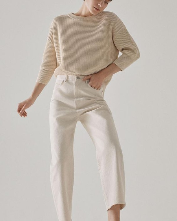 Pairing cream with off-white?  It actually looks pretty chic! #fashion #style #cream