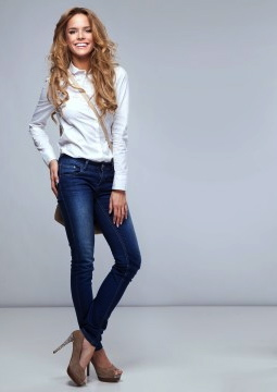 Elongate your legs with heels - BlissfulMiss.com