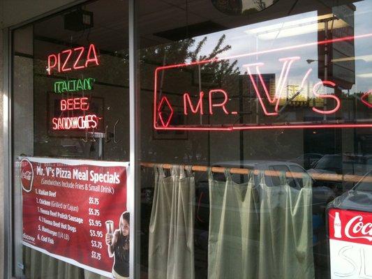 Mr. V's location in the Forest Glen neighborhood of Chicago