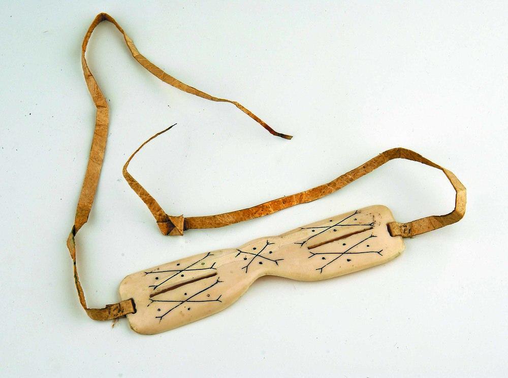 1900 Paire de lunettes, culture Inuit