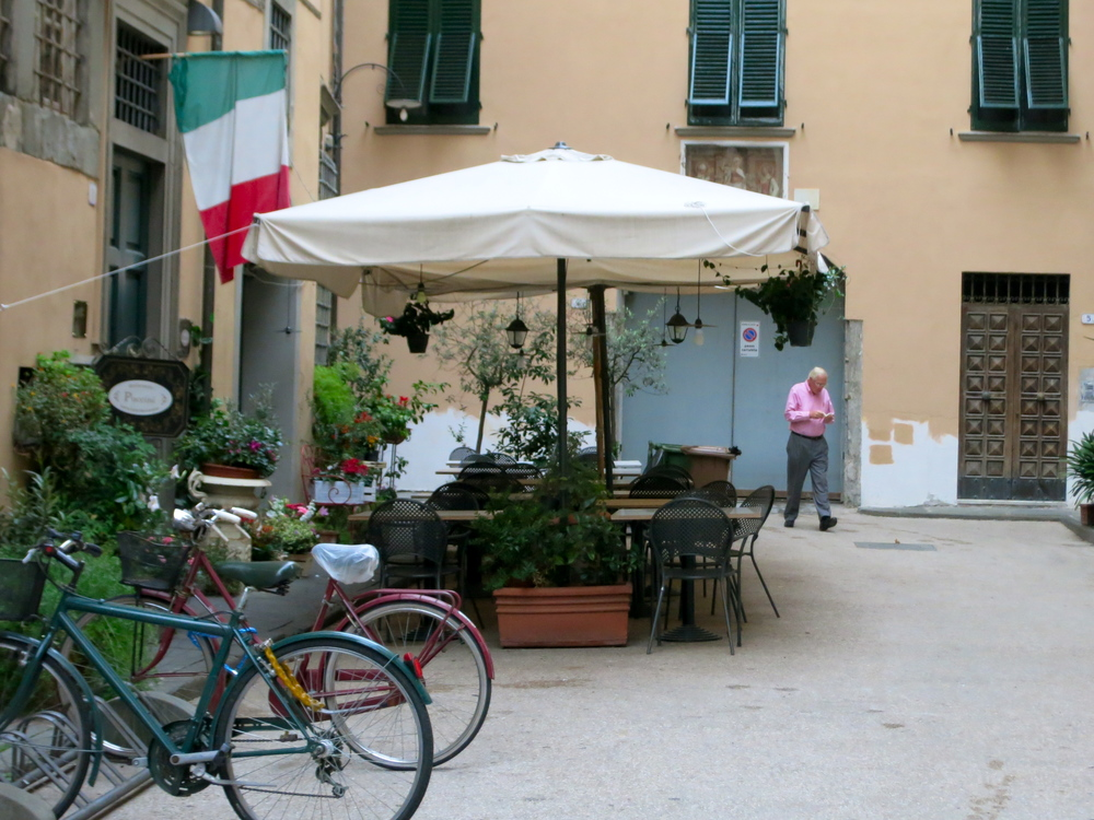 Charming scenes are around every winding medieval corner in Lucca. © 2014 Gail Jessen