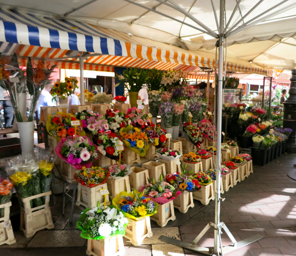 I counted 15 flower stalls in the market that ran roughly two blocks in length. © 2014 Gail Jessen
