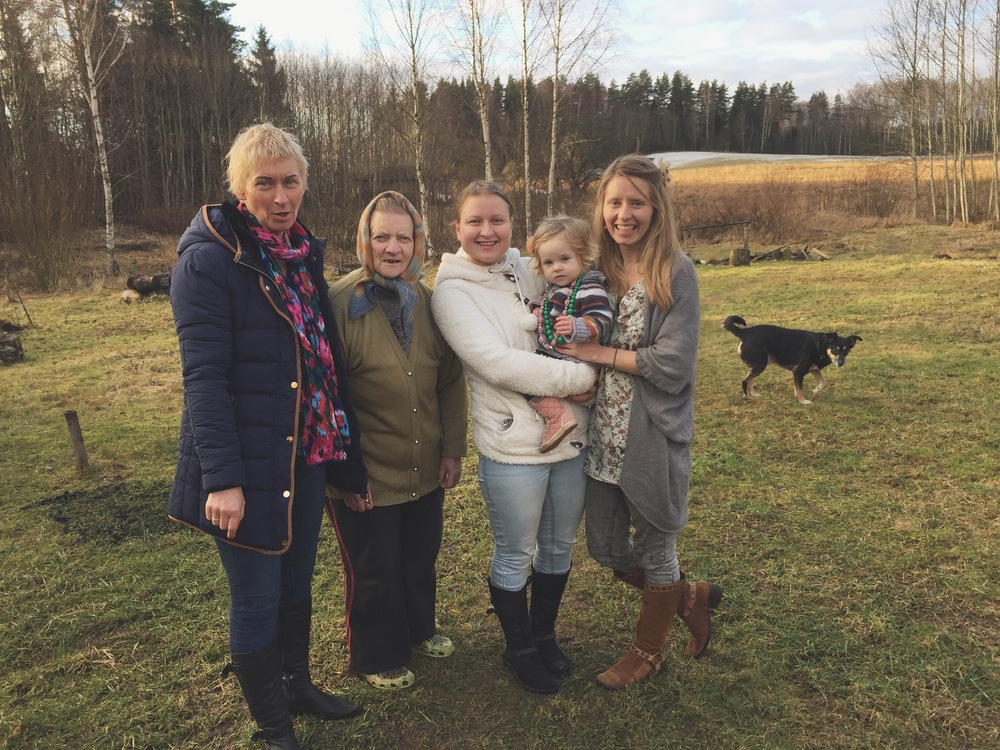 L to R: Velta's daughter, Velta, Velta's granddaughter, Velta's great granddaughter Estella, Velta's granddaughter Linda (the mother of Estella and the woman who, along with her husband Joel, arranges house sitters for Velta). © 2016 Gail Jessen, A Series of Adventures
