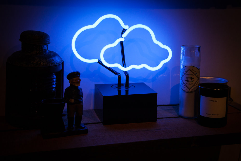 Desktop-Cloud-Shelf.jpg