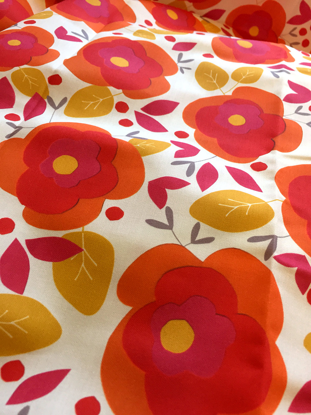 Collage_flower_Orange-red_Poplin.jpg