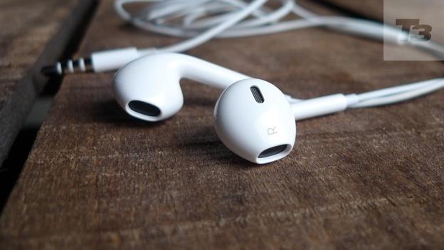 Apple Earpods from T3