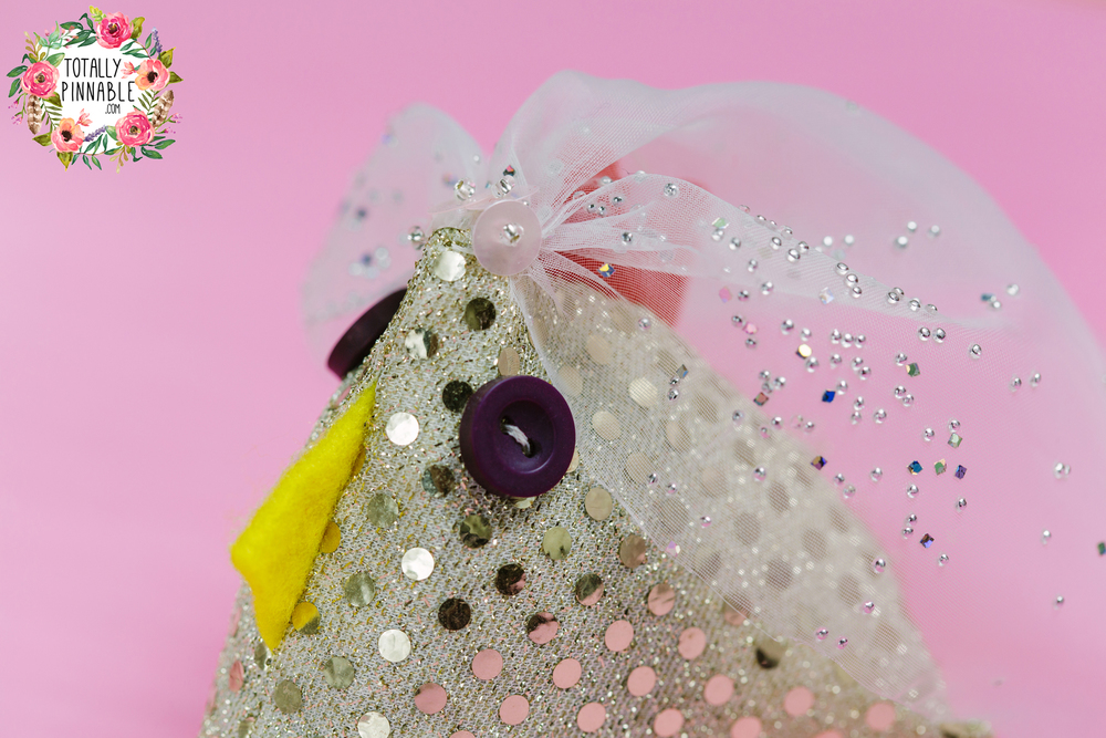 www.totallypinnable.com lavender filled wedding chick sits in the palm of your hand, perfect to calm any bride-to-be's nerves!