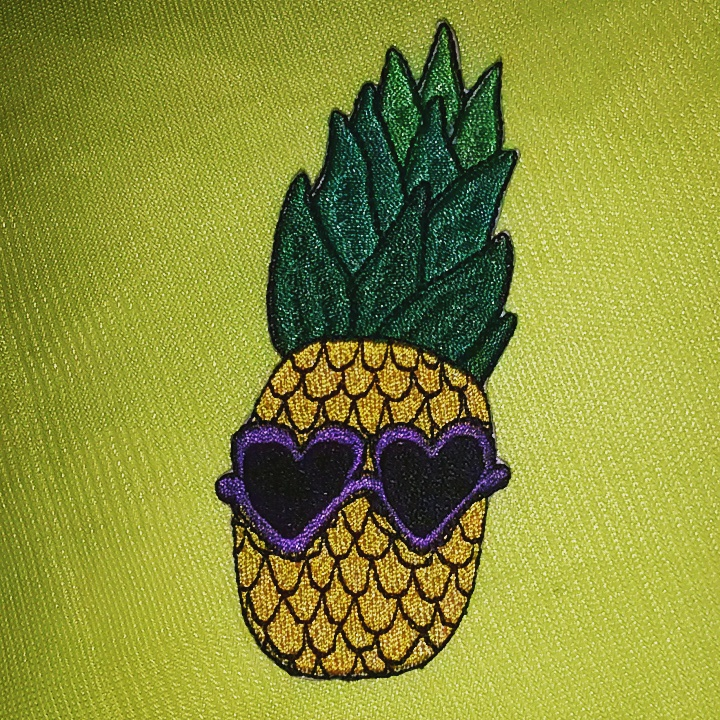 www.totallypinnable.com iron on pineapple patch
