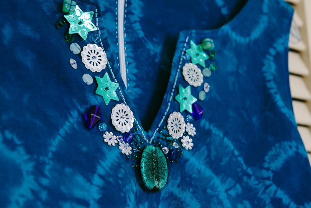 www.totallypinnable.com shibori dress wedding guest