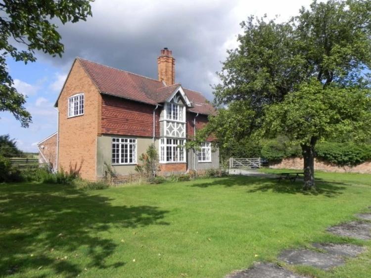 Gardeners Cottage-Trusley Estate - Derbyshire