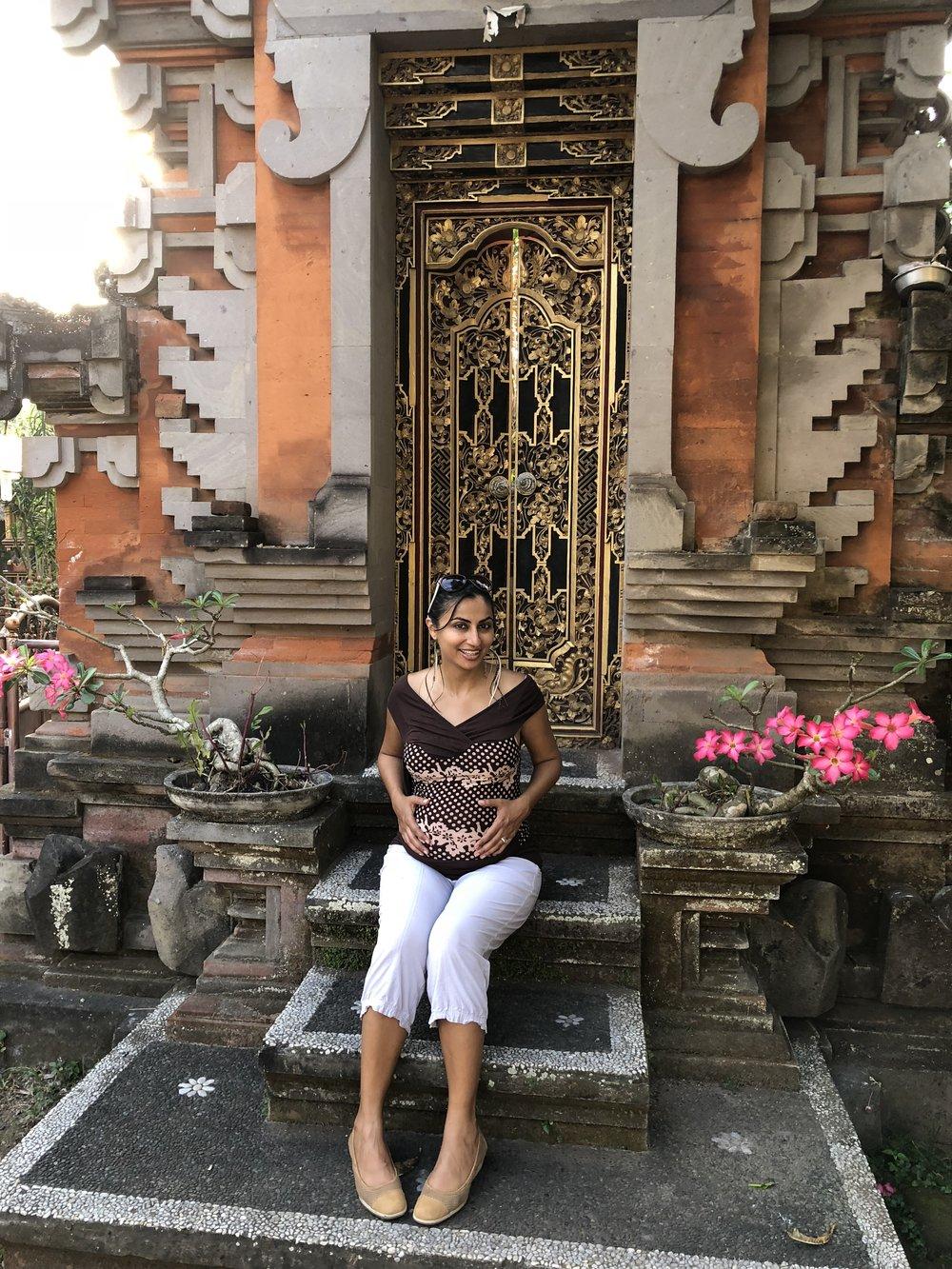 Mama to be in Mama Bali