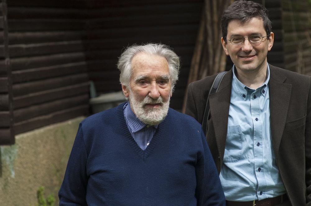 Mario Rigoni Stern e Giuseppe Mendicino,  17  maggio 2007. Foto di Giulio Malfer.jpg