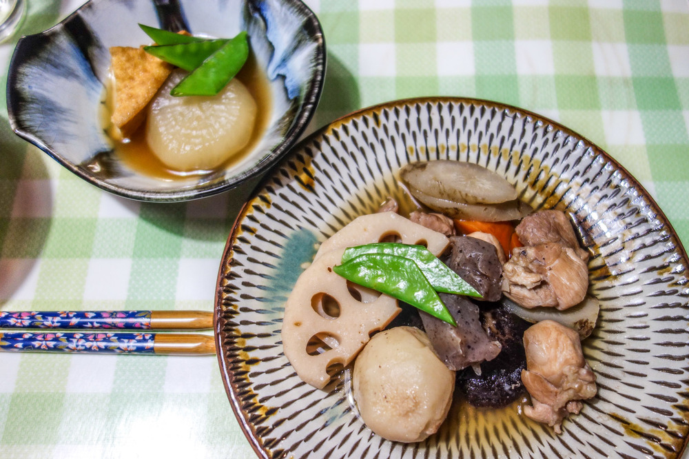 DAIKON AND CHIKUZENNI (CHICKEN AND VEGETABLE/ROOTS DISH).