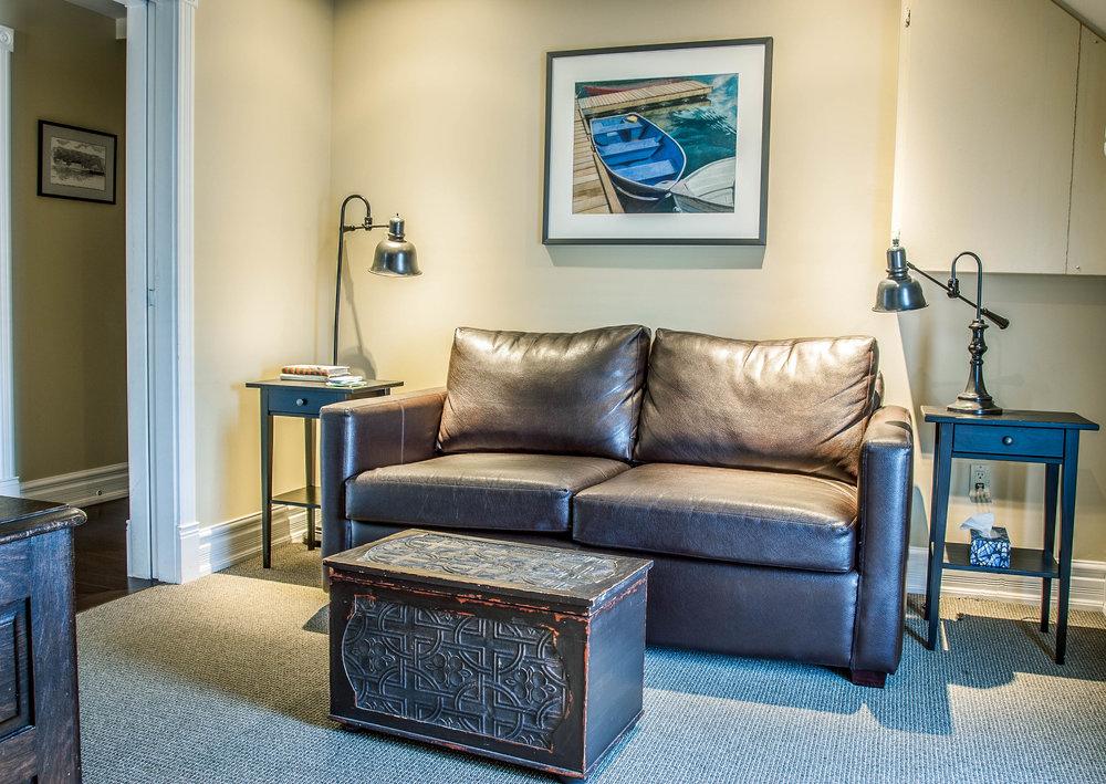 interior suite-.jpg