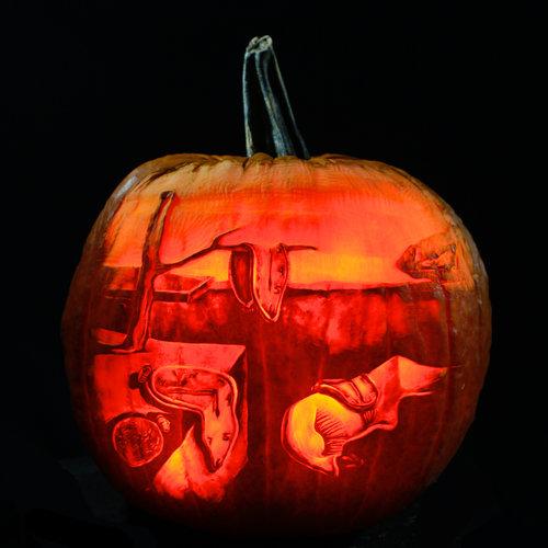 maniac pumpkin carvers professional pumpkin carving works of art