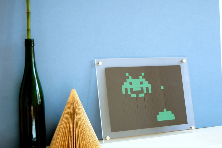 Kartegraphik Space Invader Paper Cut.jpg