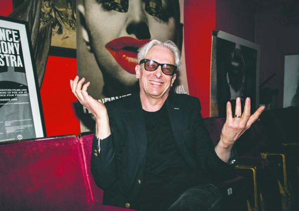 ELLIOT GROVE-ROOMS-Magazine