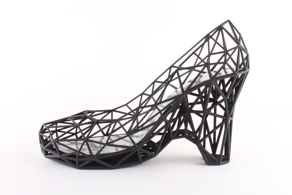 shoe_black_main.jpg